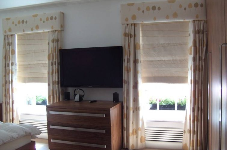 Blackout Roman blinds for a south facing bedroom