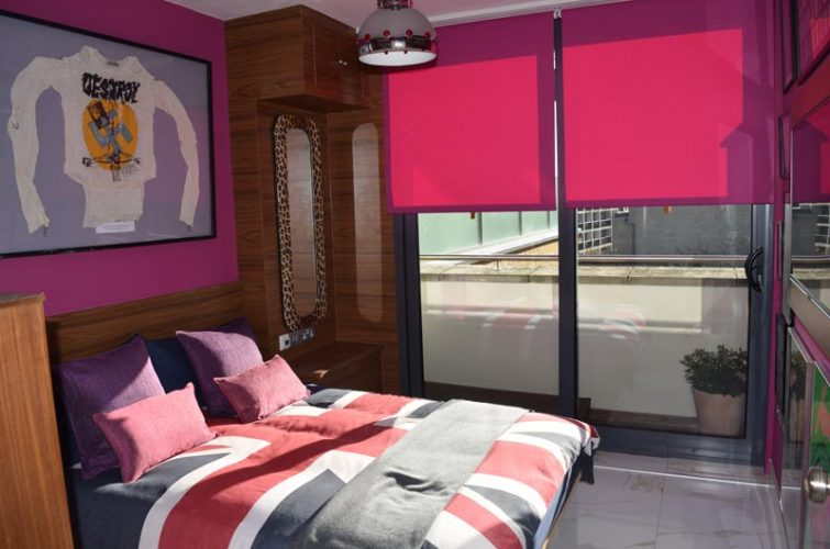 Penthouse blinds