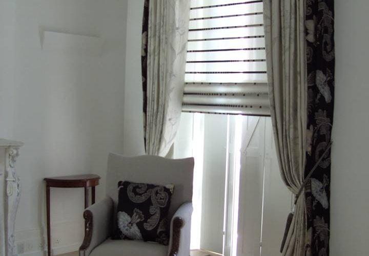 Voile Roman blinds