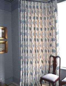 creative blue and white curtain